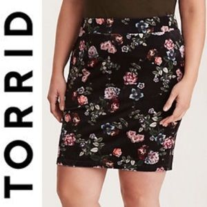 Torrid Velour/Crushed Velvet Floral Mini Skirt